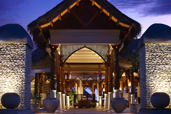 Four_Seasons_Resort_Maldives_at_Kuda_Huraa_1_big