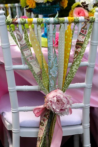 Green-Wedding-Decoration-Chairs