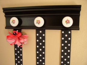 Use Knobs for Your Wall Decoration!!!